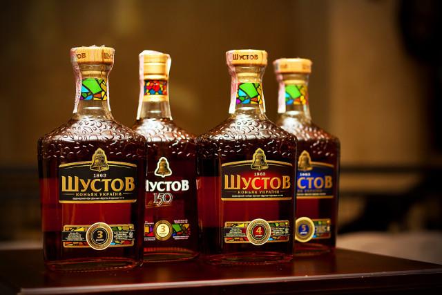 Музей Шустова Новые бутылки